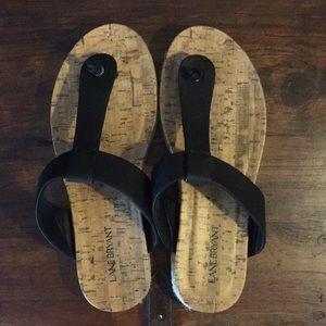Black natural thong flip flop sandals, Wide